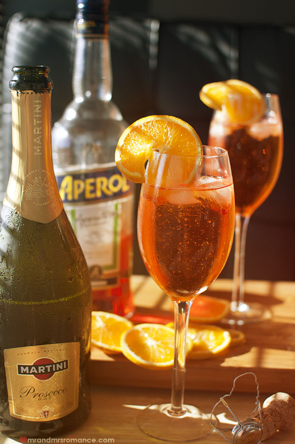 Mr and Mrs Romance - Aperitivo Hour - Spritz Aperol