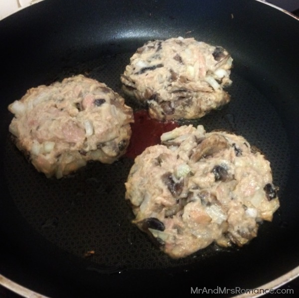 Gluten-free tuna mushroom patty with stilton