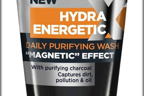 Loreal Men Expert Charcoal cleanser