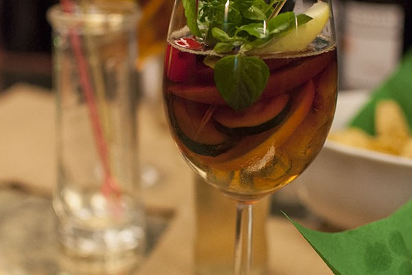 Mr and Mrs Romance = Where to drink in Trieste - James Joyce - Pimms cup