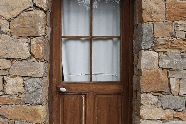Mr and Mrs Romance - Provence door
