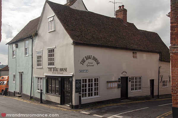 Mr and Mrs Romance - The Bakehouse Restaurant Wivenhoe