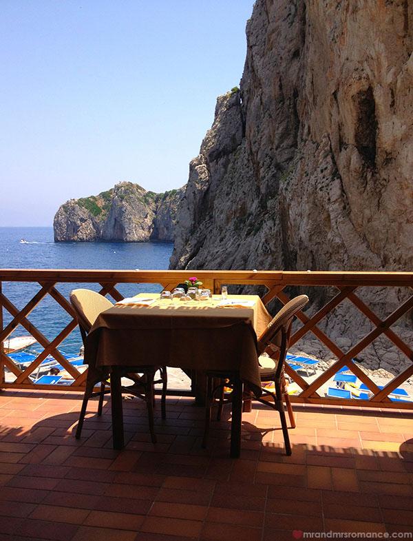 Mr and Mrs Romance - da Luigi restaurant Capri