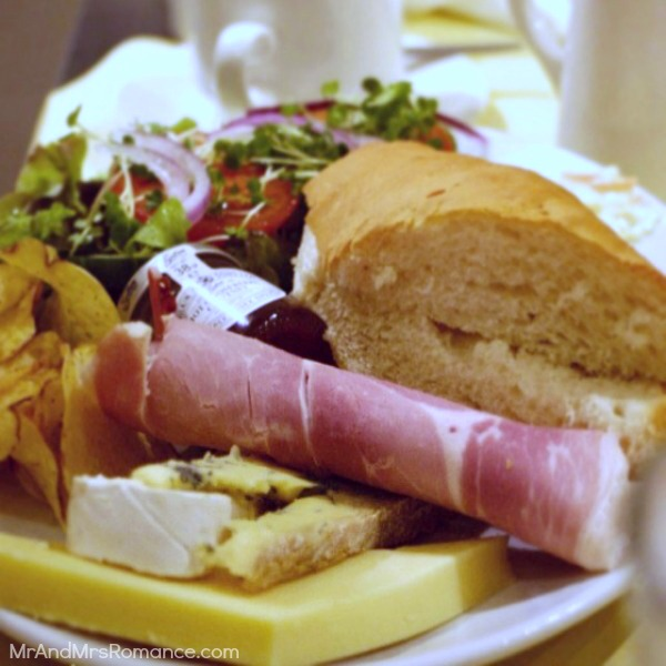 Mr & Mrs Romance - Insta Diary - 8 English ploughman's at Tiptree