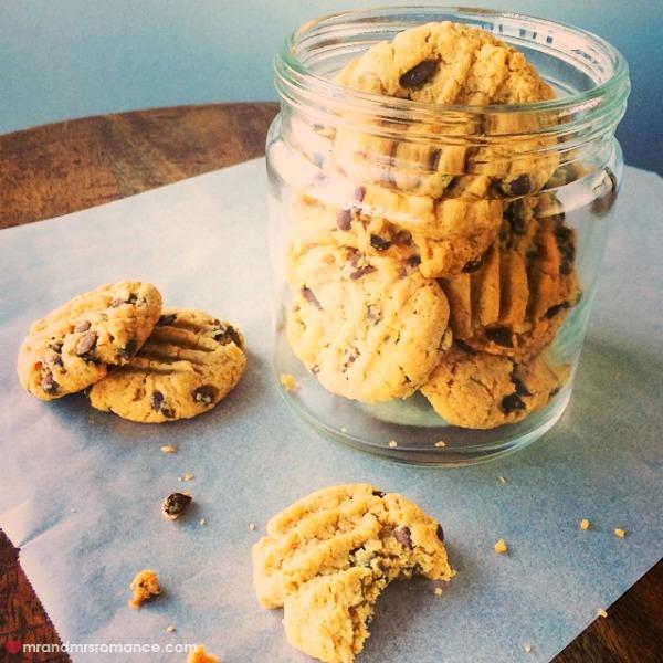 Mr & Mrs Romance - Insta diary - 3 Mrs R's peanut butter choc chip cookies