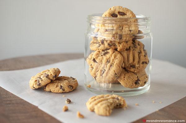 Mr and Mrs Romance - Gluten free peanut butter choc chip cookies