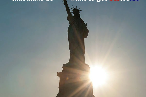 Mr-and-Mrs-Romance-Sunset-at-the-Statue-of-Liberty-NYC