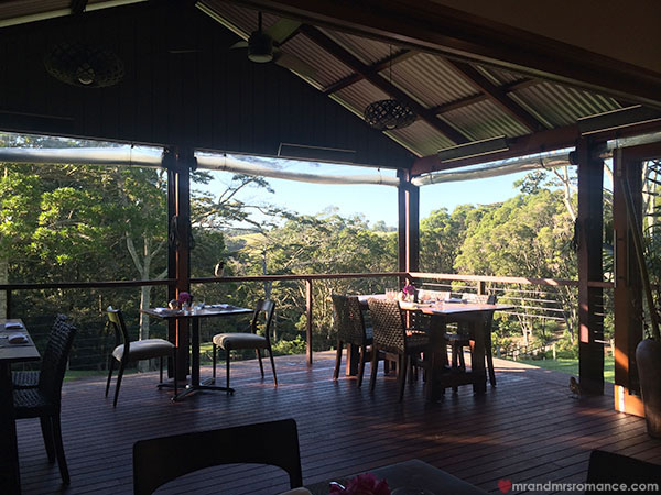 Mr and Mrs Romance - Spicers Retreat 12
