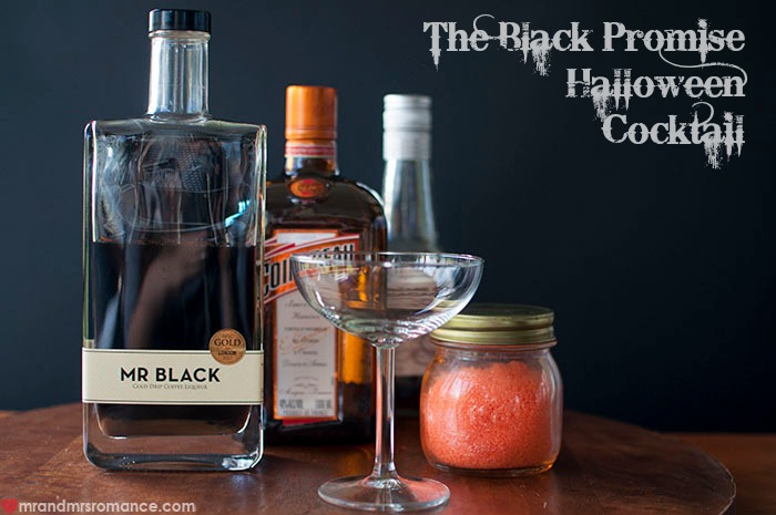 Friday drinks – Halloween Cocktail: the Black Promise