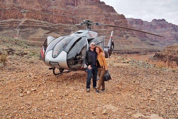 Grand Canyon heli tour - heli and them