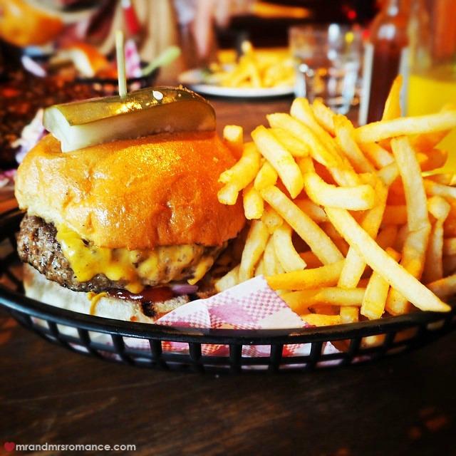Mr & Mrs Romance - Insta Diary - 3 burger at Ike's Rack Shack, Melb