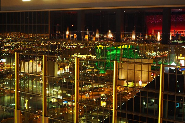 Mr and Mrs Romance - Where to stay in Las Vegas - The Delano Review