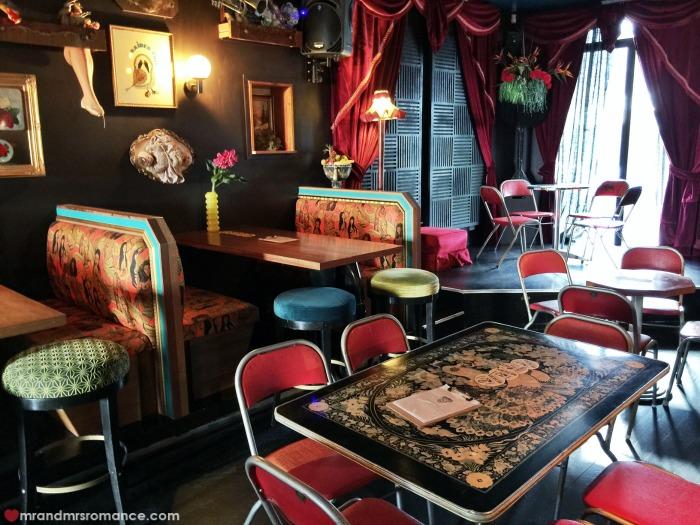 Mr & Mrs Romance - Friday Drinks - Bearded Tit booths 2