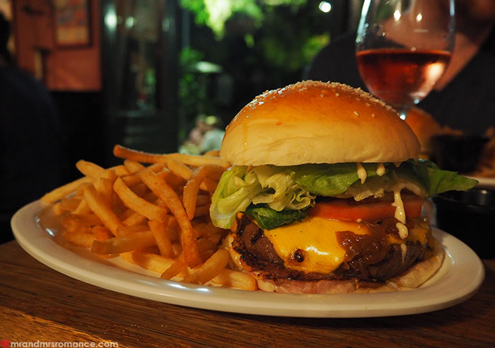 Mr and Mrs Romance - Top 10 Burgers - Pub Life Kitchen Sydney