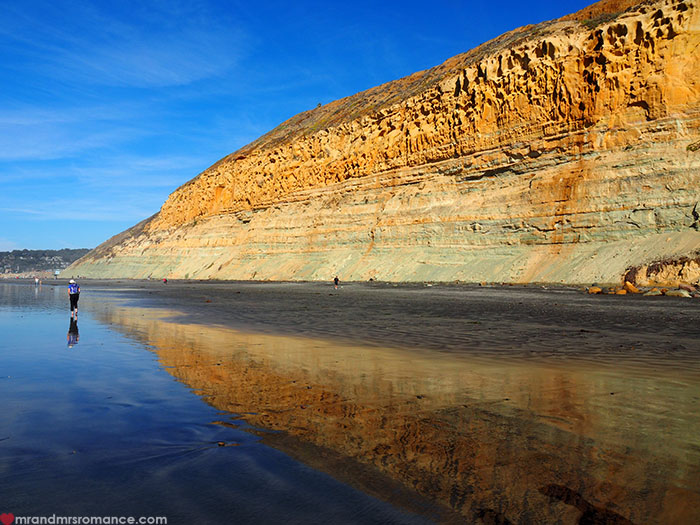 Mr-and-Mrs-Romance-Hiking-in-Torrey-Pines-San-Diego-14-extra-beach-pic.jpg
