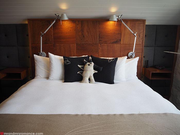 Mr & Mrs Romance - Spirit of Tasmania - @VDL bed