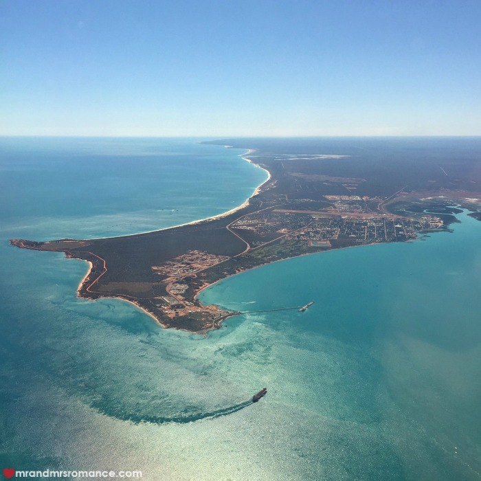 How to take photos from a plane window - Mr & Mrs Romance - Broome, WA