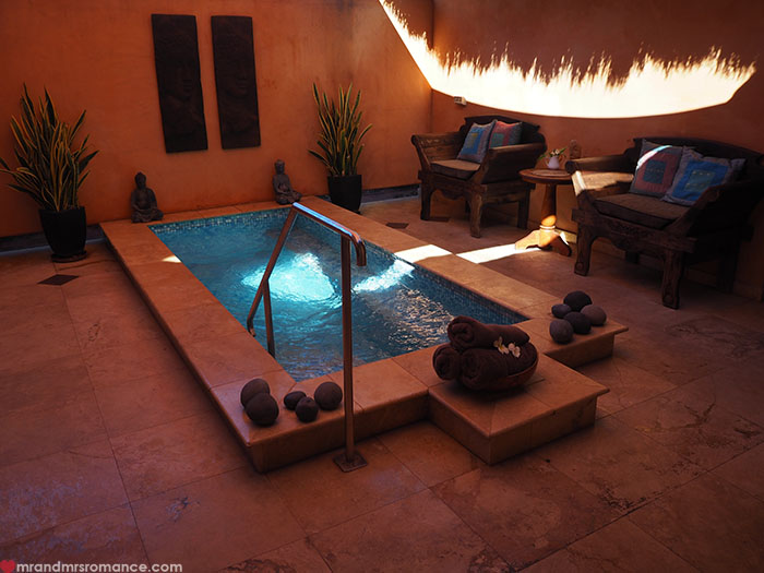 Where to stay in Broome, WA - Bali Hai Resort & Spa - spa pool