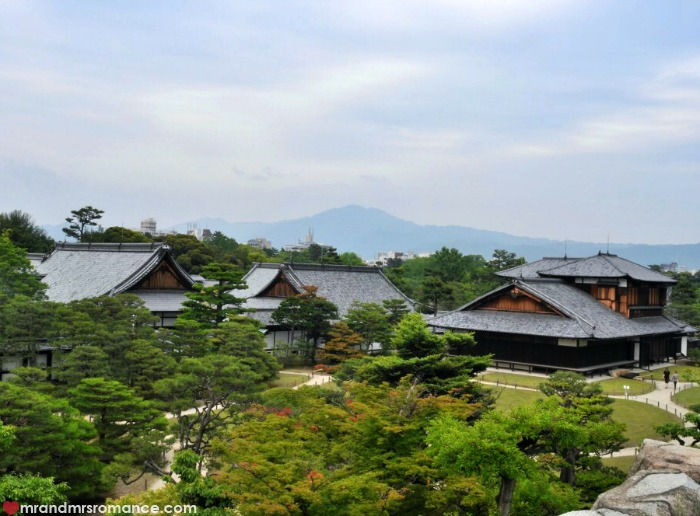 Mr & Mrs Romance - Kyoto temples - view of moutains