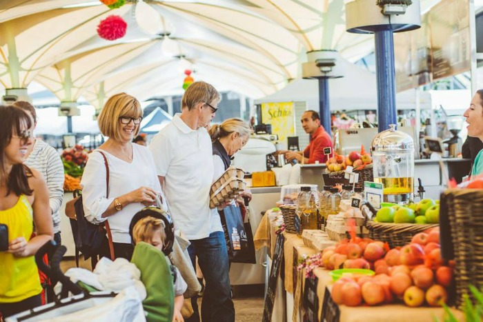 1 Mr & Mrs Romance - Sydney Markets - EQ Markets 3