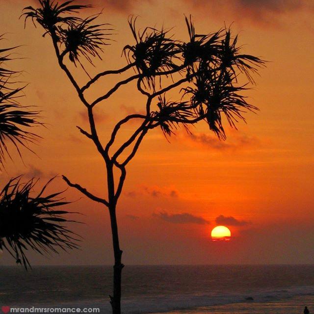 Mr & Mrs Romance - Instagram Diary - 56 sunset in Vanuatu