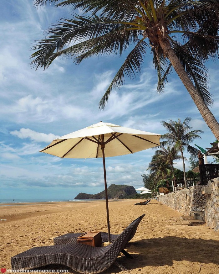 Mr & Mrs Romance - IG Edition - 3 beach memories