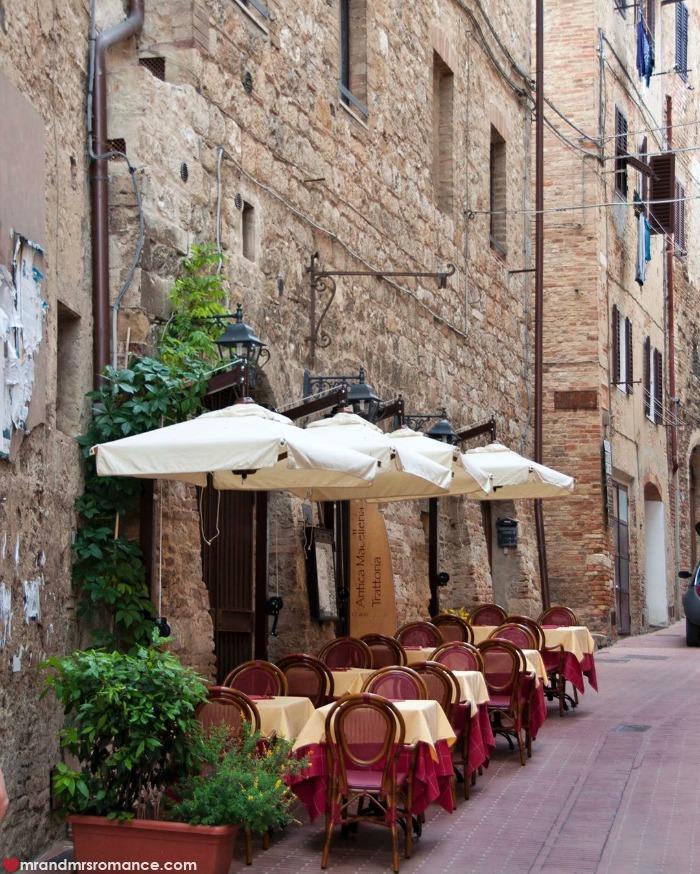 Mr & Mrs Romance - IG Edition - 50 San Gimignano street