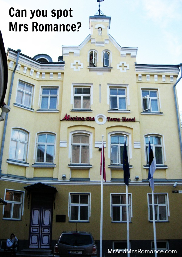 Mr & Mrs Romance - Tallinn Old Town - our hotel Meriton Old Town Hotel