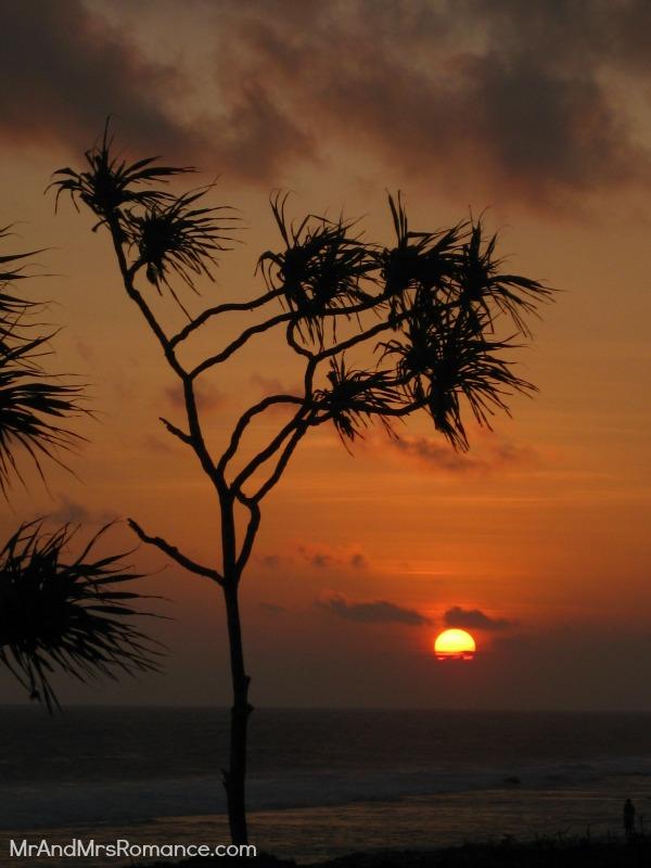 Mr and Mrs Romance, Vanuatu, Pacific island, port vila, beach, holiday, vacation, sunset