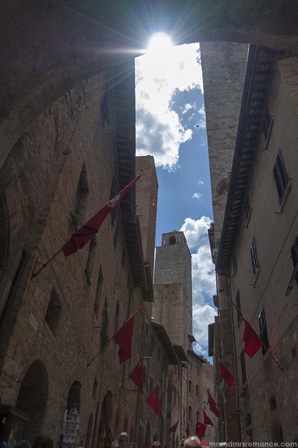 Mr and Mrs Romance Italy Tuscany Siena Florence Pisa Cortona Lucignano San Gimignano Certaldo Volterra Grosseto Castiglione della Pascaia