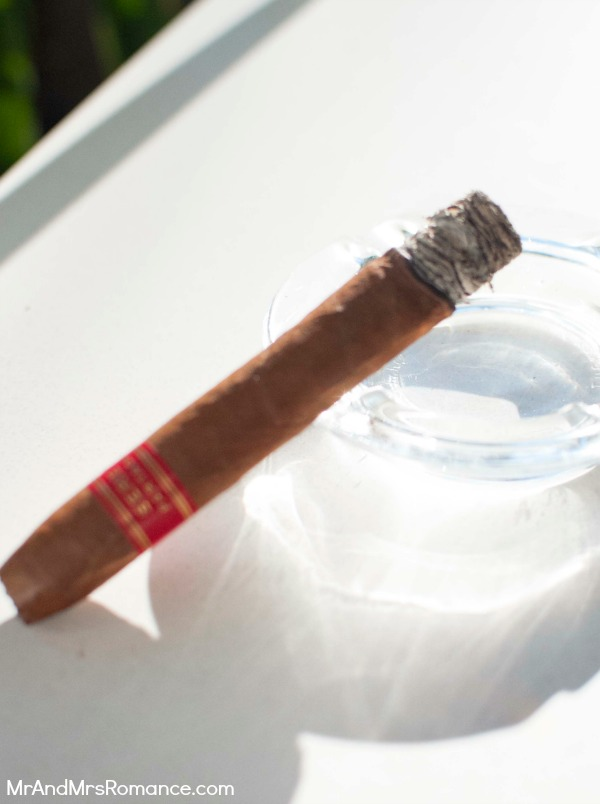 Mr & Mrs Romance - cigars - Partagas P2 3