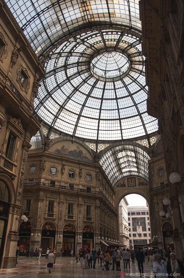 Mr & Mrs Romance in Milan 6