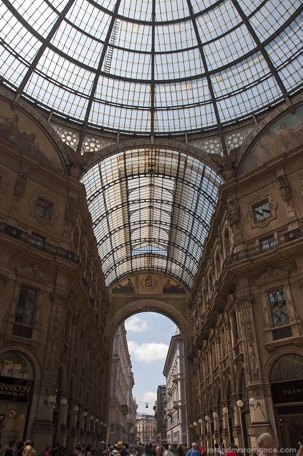 Mr & Mrs Romance in Milan 7