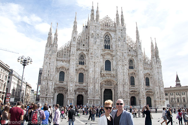 Mr and Mrs Romance - Duomo Milan