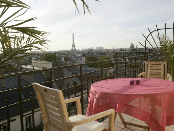 Hotel Littre - room with Eiffel Tower view terrace
