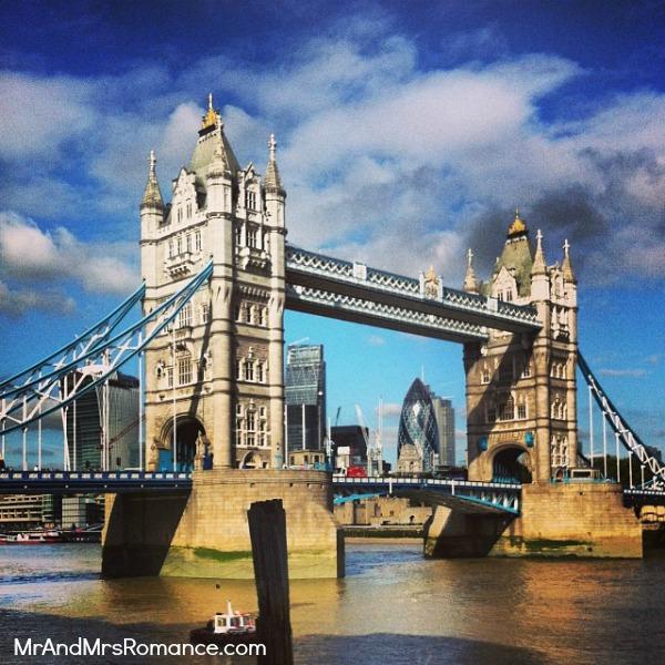 Mr & Mrs Romance - European Romance London - 12 HR7 Tower Bridge