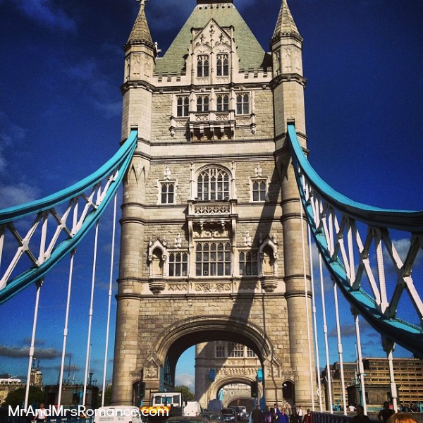 Mr & Mrs Romance - European Romance London - 13 MM9 Tower Bridge is very pretty