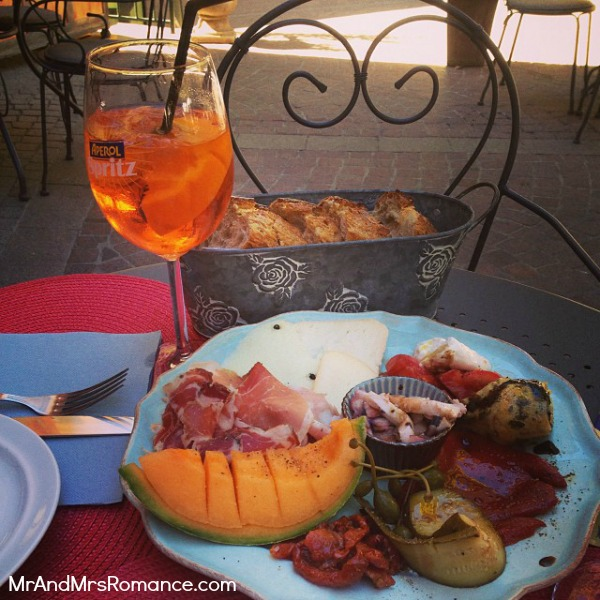 Mr & Mrs Romance - Instagram diary S France - 07 MM 4 Spritz o clock in lorgues