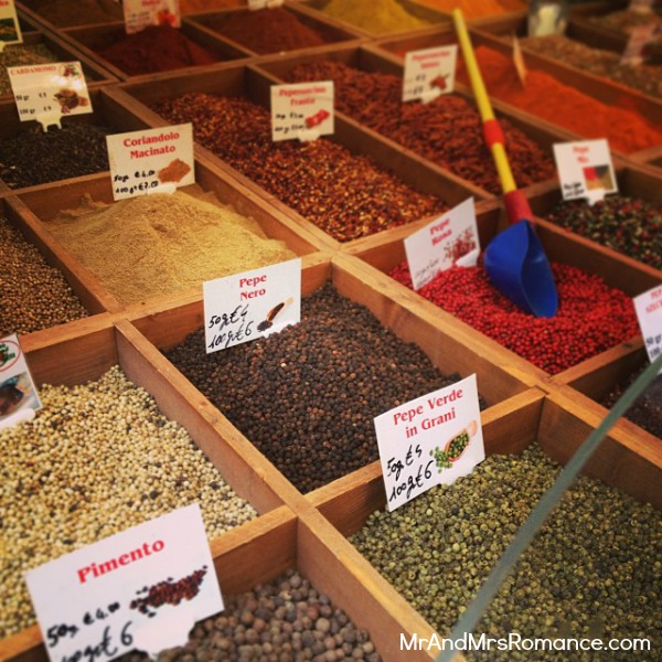 Mr & Mrs Romance - Trieste Gorizia Genoa - 04 seeds and spices stall