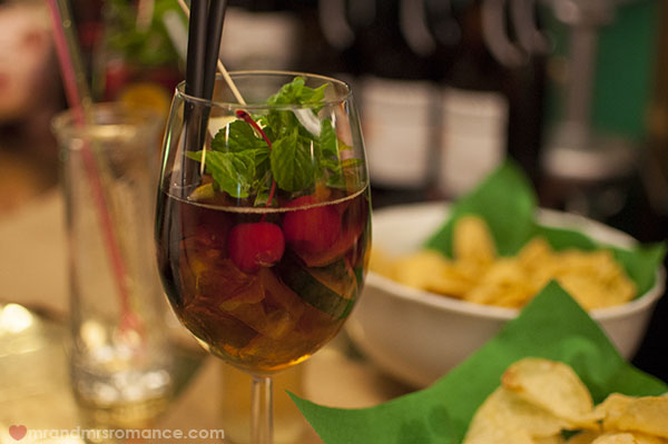 Mr and Mrs Romance = Where to drink in Trieste - James Joyce pimms