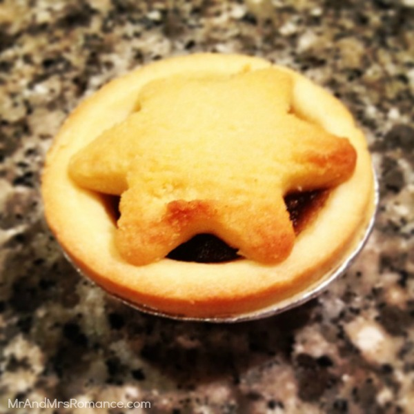 Mr & Mrs Romance - Insta Diary - 3AB2 Mince pie