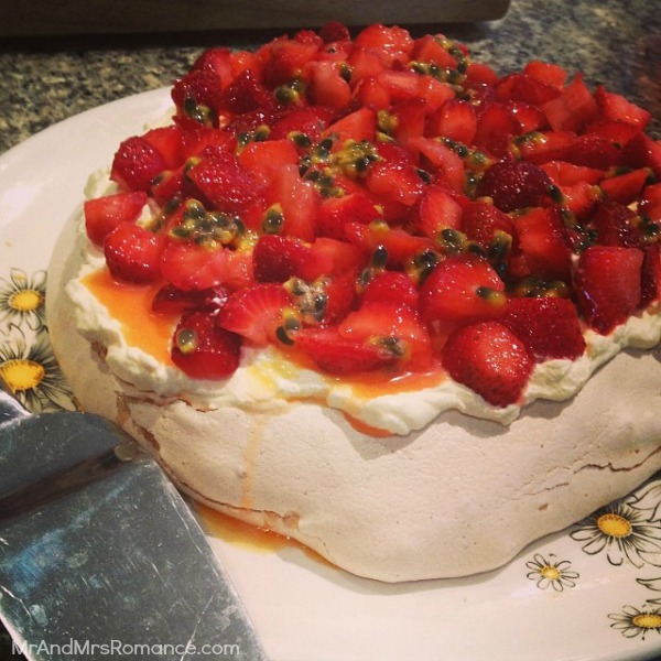 Mr & Mrs Romance - Insta Diary - 5MM3 Pavlova on Christmas Day