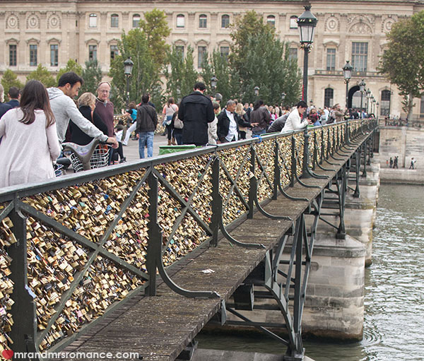 Mr and Mrs Romance - The Pont des Arts Paris