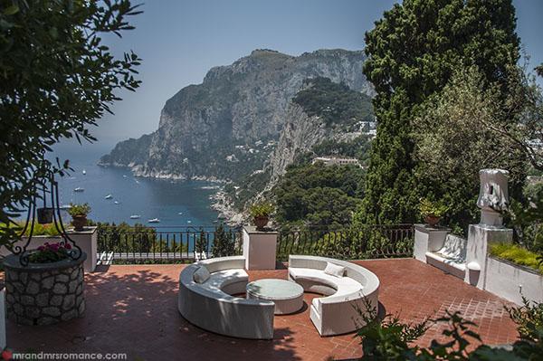 Mr and Mrs Romance - Capri rooftops