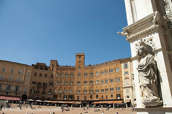 Mr and Mrs Romance - Siena 3