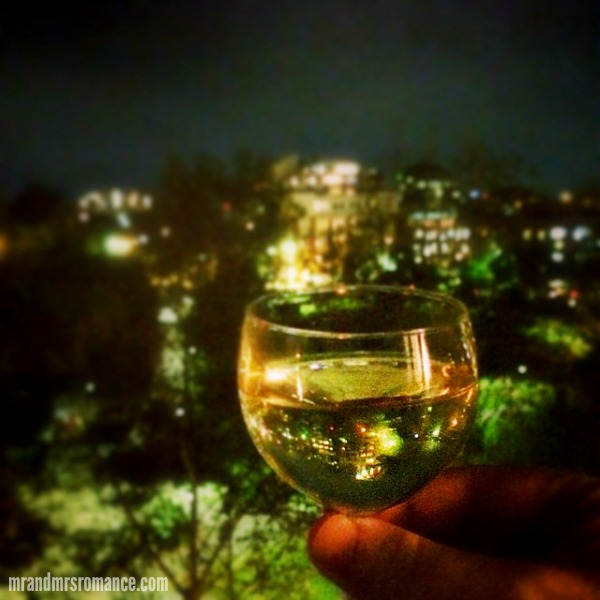 Mr & Mrs Romance - Insta diary - 8 wine timeand #happyhourstyling