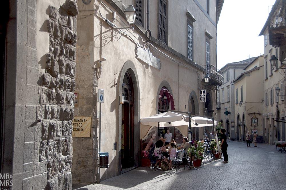 Orvieto, Umbria, Italy - Pozzo della Cava Mr and Mrs Romance - ristorante
