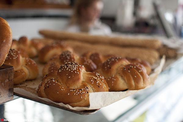Mr and Mrs Romance - SHUK Bondi review - bakery rolls