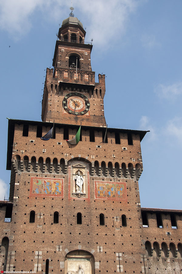 Mr and Mrs Romance - Best things to do in Milan Italy - Castello Sforsezco