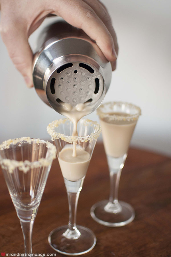Mr and Mrs Romance - chocolate popping candy cocktail recipe
